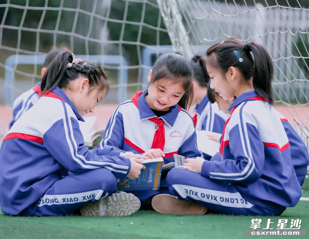 """未来3年,长沙县将实施""""九大工程"""",新建18所中小学校,改扩建9所中小学校,新增学位3万个以上。章帝 摄"""